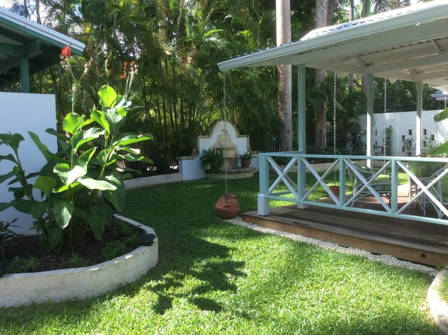 Garden of a villa to rent in Barbados
